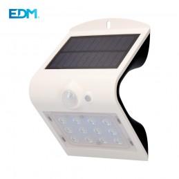 APLIQUE SOLAR LED CON SENSOR DE PRESENCIA 1,5W 220Lm IP65 blanco