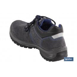 Zapatos Seguridad Serraje Gris Cofan Modelo Myron S-1P+SRC detrás